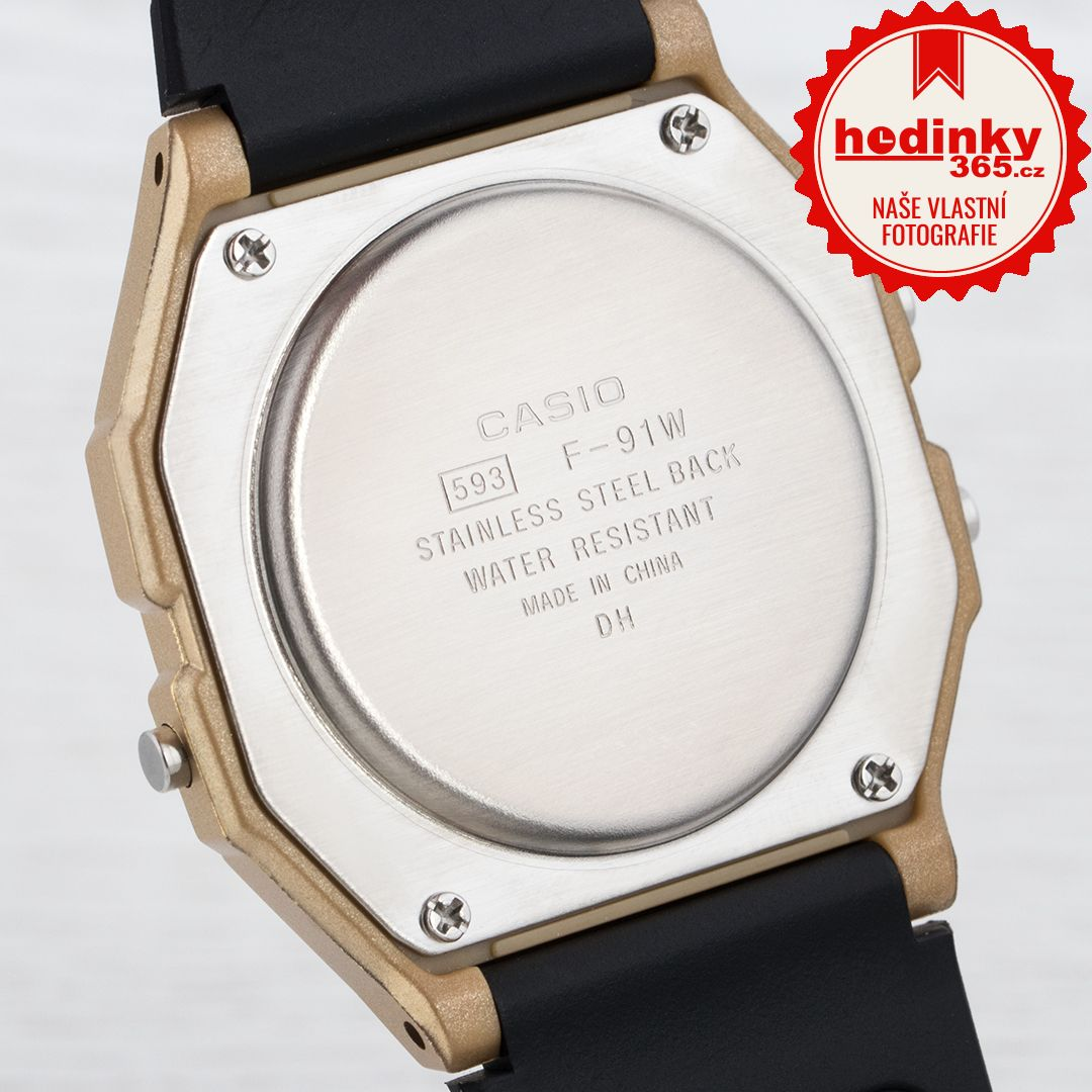 130501d9b Unisex hodinky - živicový remienok, pryskyřice puzdro, plastové sklíčko.  Všetky technické parametre nájdete nižšie