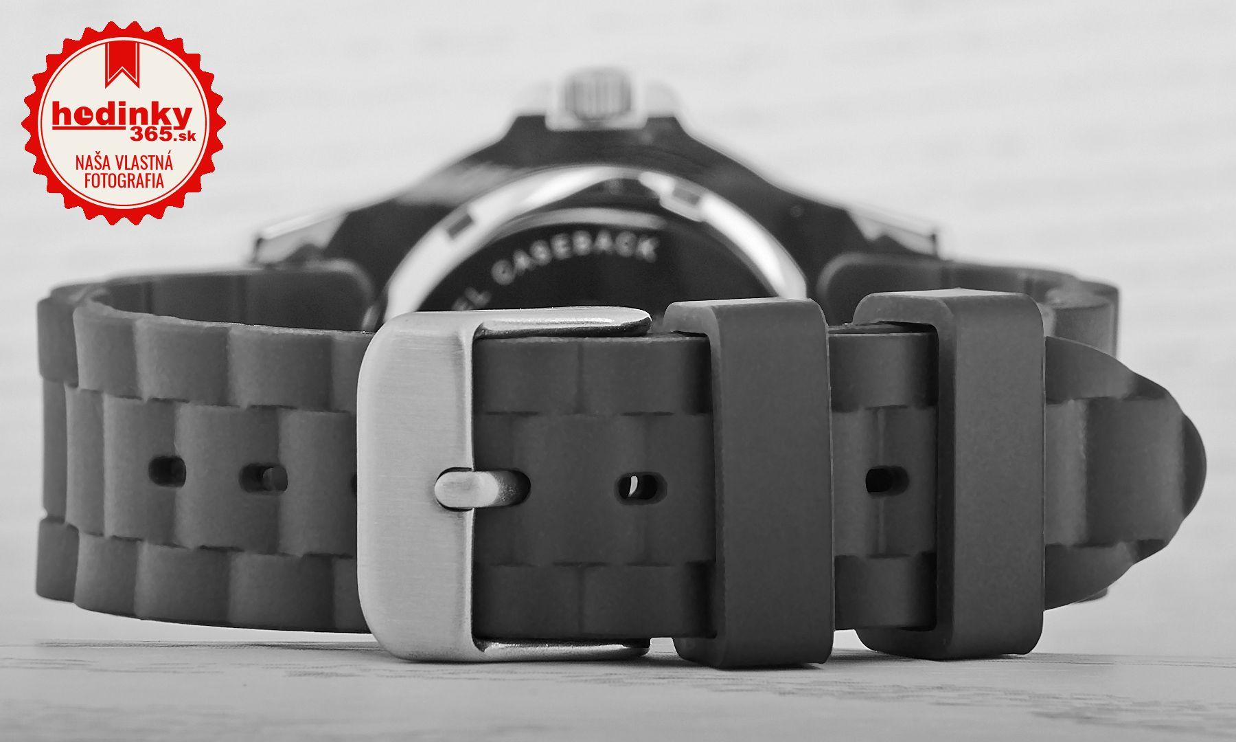 cbec8f18b Chlapčenské hodinky - silikónový remienok, ocel puzdro, minerálne sklíčko.  Všetky technické parametre nájdete nižšie