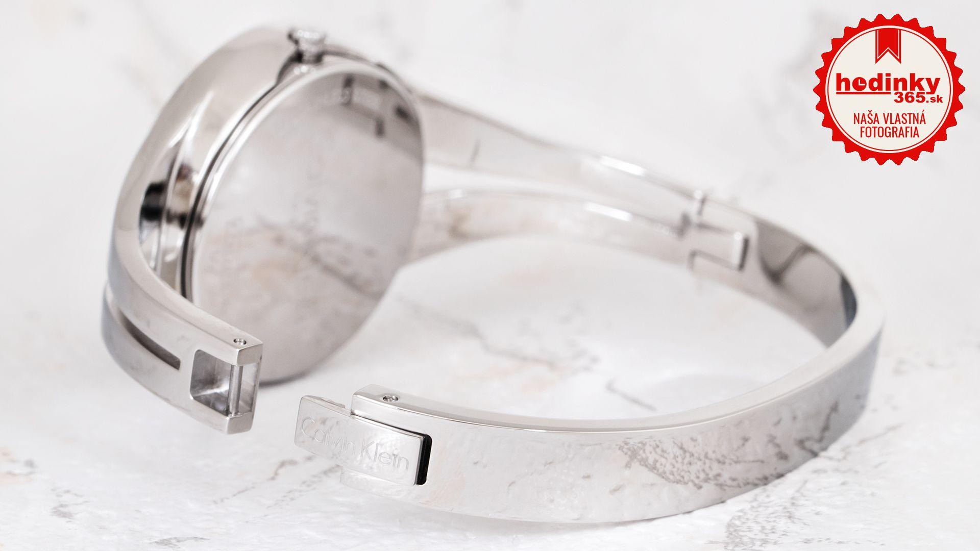 a220684127 Calvin Klein Addict K7W2M111. Dámske hodinky - ocelový remienok